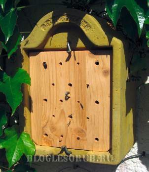гнездовья-для-пчел фото
