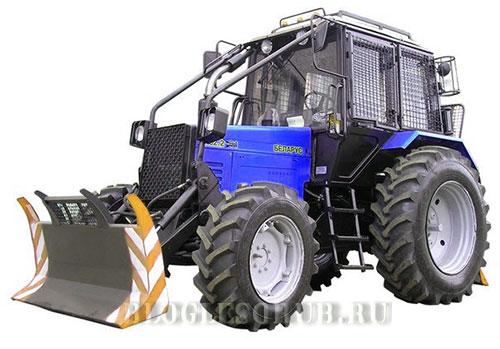 колесный трактор фото